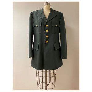Vintage excellent condition military jacket • 42R